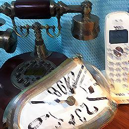 記憶の残像時計と電話